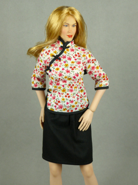Super Duck 1/6 Scale Chinese Traditional Floral Top Cheongsam & Black Skirt Set