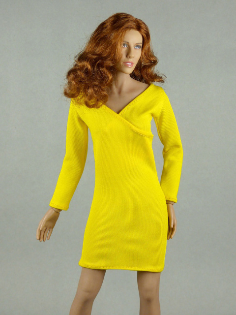Vogue 1/6 Scale Female Yellow V-Neck Fashion Dress