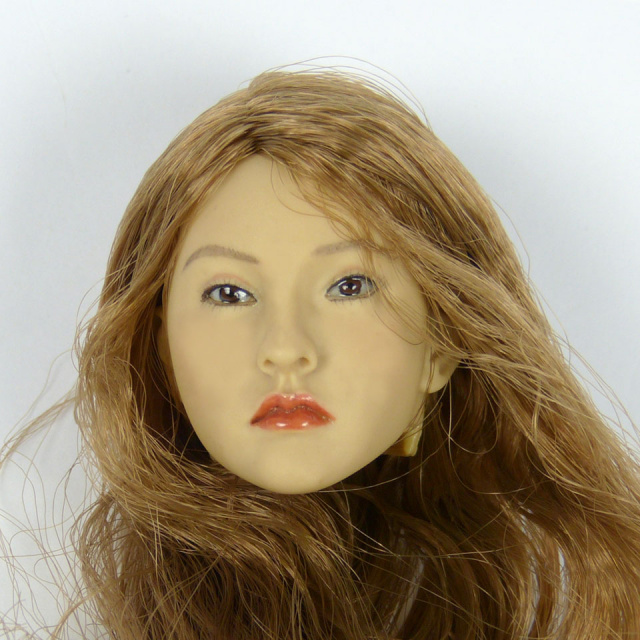 Kumik 1/6 Scale Female Head Sculpt Sarnie With Hairpiece - K095