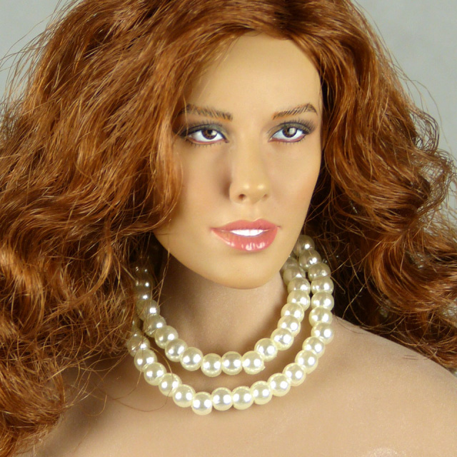 Nouveau Toys 1/6 Scale Female White Pearl Double Loop Necklace