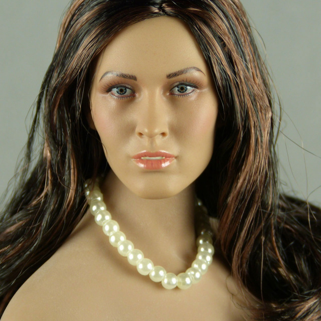 Nouveau Toys 1/6 Scale Female White Pearl Single Loop Necklace